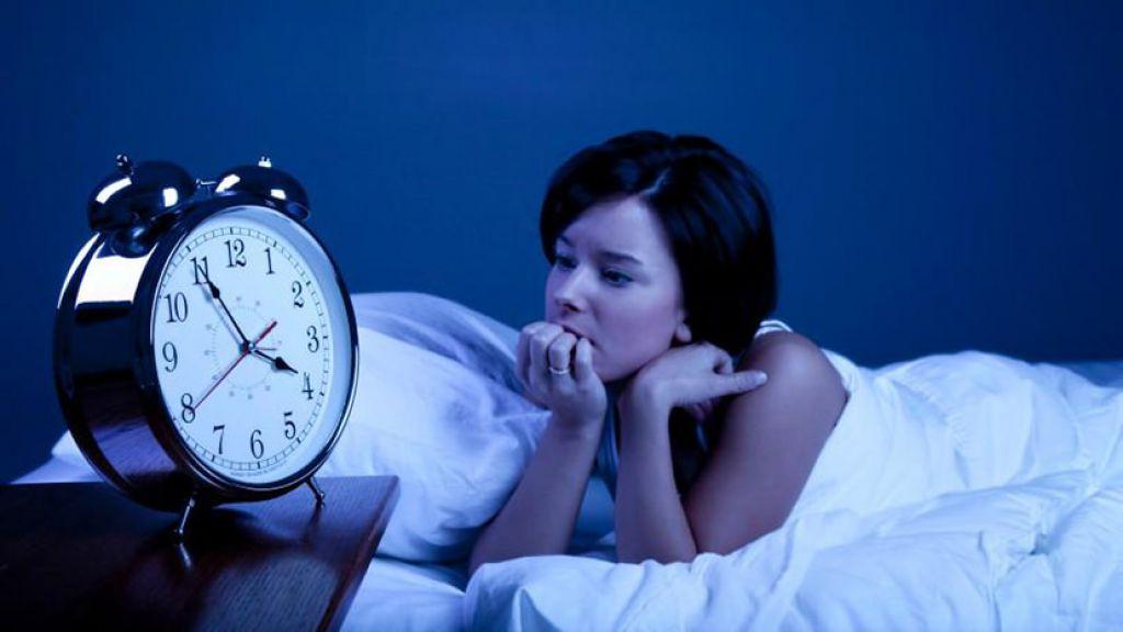 основании причина ночью организм просыпается в одно время публикации Автор статьи: